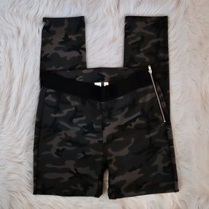 GAP Camo Ponte Leggings